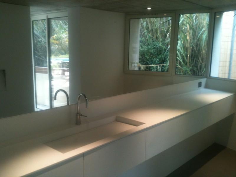 miroir grande dimension pour particulier et miroir d coratif miroiterie vitrerie salon de. Black Bedroom Furniture Sets. Home Design Ideas